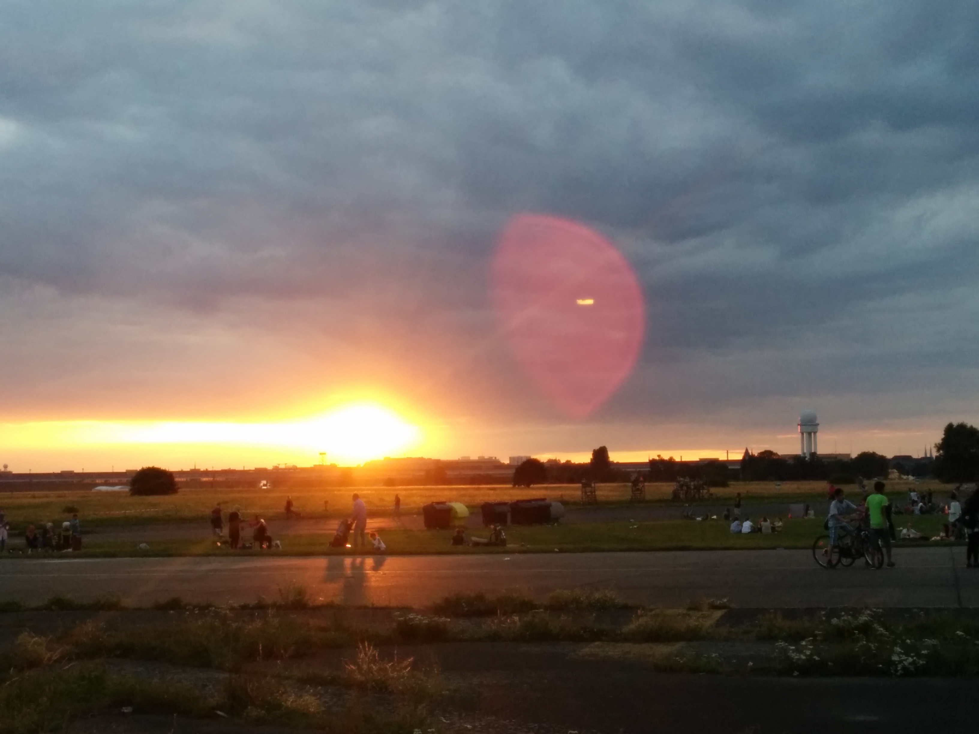 tempelhof sunset