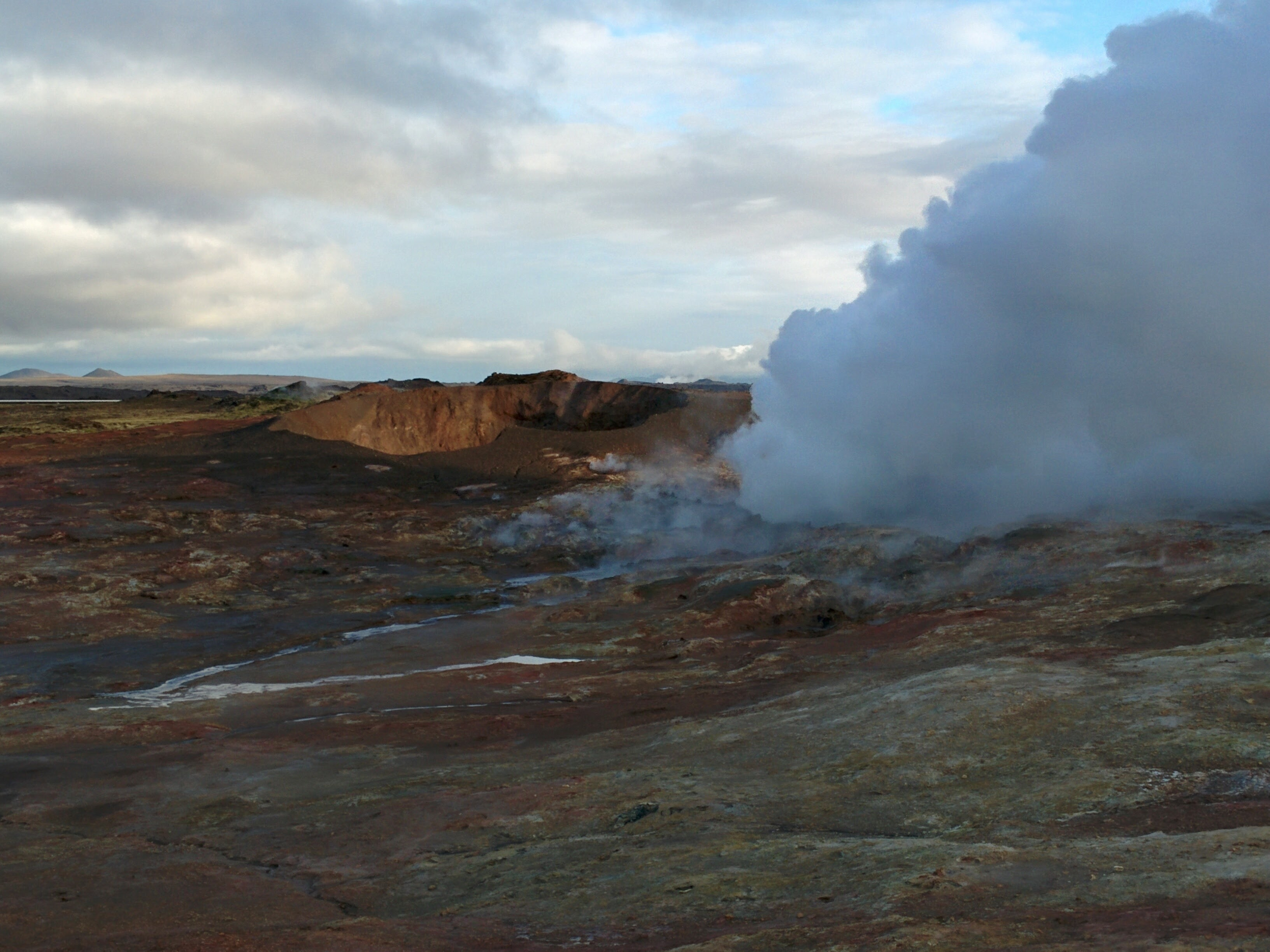 geyser smoke in iceland